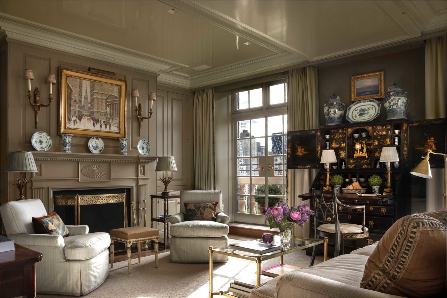 John b murray architect for Nyc pied a terre